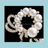 Pines Broches Joyería Fancy Chapado en oro bastante simulado Pearl Crystals Broche Exquisito Boutique Broach Fashion Pin Pin para los hombres y