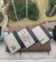 جديد رجل الأزياء الكلاسيكية تصميم عارضة بطاقة الائتمان بطاقة الائتمان hiqh جودة حقيقية جلدية فائقة ضئيلة حقيبة حزمة لحزمة ل mans / womans مع مربع