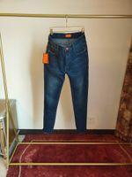 2021 Novo Designer Jeans Mens Denim Calças Negócios Must-have Spring and Summer Senhores Importados Denim de Alta Qualidade Soft Confortável Espessura Luxo Luxo Calças High-end