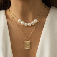 Retro Imitation Pearl Square Pendant Necklace Butterfly Metal Beads Clavicle Chain Women Geometric Multi Layer Gold Necklaces Jewelry Accessories
