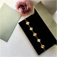 الكريستال أربعة ورقة البرسيم أساور الإسورة إلكتروني الحب سحر الماس مجوهرات للنساء الفتيات الفاخرة مصمم مصمم مجوهرات مع مربع