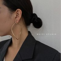 Ins Cool Style Simple Women Jewelry European and American Big Circle Exaggerated Earrings Personality Fashion Holiday Earring Female Accessories Gift AL9031