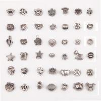 Antiquités en alliage d'argent en argent Big Hole Charms Beads d'espacement Fit 42 Bracelet Différent Bracelet DIY Bijoux Colliers Petite os de serpent avec perle