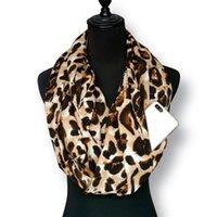 Зимние женщины мода леопардовый принт кабриолет бесконечности шарф карманный петли молнии шарфы бандана