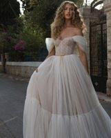 Robe de mariée de plage Robes de mariée Épaulements 2021 Dernière ligne Bohemian Bohemian Ruched Country Country Country Tulle Voir Vacances