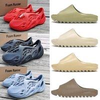 Uomini donne 2021 con scatola di alta qualità lussuosa scarpe scarpe graffiti carino moda cartoon slides oam corridore triplo nero resina slipper spiaggia sandalo sandalo