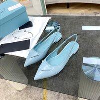 Designer Top Brand Donne Donne Sandalo Sandalo Tacchi a punta Tacco alto Lettera Triangolo Pantofole Triangle Sexy Moda Dress Shoes Sandali cinturino a caviglia