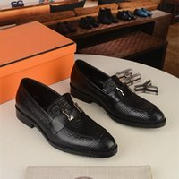 Herrenkleid Schuhe Luxus Mode Bräutigam Hochzeitsschuhe 2020 Herbstleder Oxfords Männer Formale Business Casual Schuhe