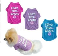 4 size Dog Apparel products pets clothes spring and summer pet vest T-shirt I give free kisses 6 color DD313