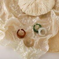 Koreaanse mode ontwerp band ringen transparant eenvoudige persoonlijkheid acryl hars smudge joint-ring retro licht luxe wilde speciale-vormige drop-vormige ring sieraden