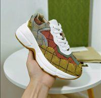 2021 Высочайшее качество Дизайнерские Обувь Rhyton Кроссовки Бежевые Мужские Тренеры Урожай Роскошные Часы Дамы Дизайнеры Обувь продется в коробке