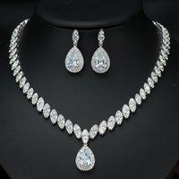 Colar cúbico de zircónia cúbico de alta qualidade e brincos de cristal de luxo Conjuntos de jóias de cristal de luxo para damas de honra 1040 Q2