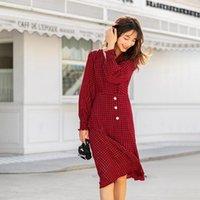 Повседневные платья Inman 2021 Весна Прибытие плед Средней длины с длинным рукавом Ретро V-образным вырезом A-Line Нерегулярное Подол Женское платье