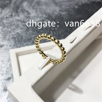 Jewelry Ladies band Van Rings Pendant carti bracelet Cleef Screw Party Wedding Couple Gift Love Ring Fashion Designer rings a42