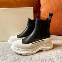 2021SS más reciente lanzamiento Pisada de la plataforma de botas Slick Zapatos de zapatillas Triple Sneaker Mujer Zapato de zapatos Hombres gruesos Inferior High Top Sneakers Tamaño 35-40