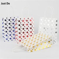 Gift Wrap 15*21*8cm 12pcs Gold Red Blue Silver Star Paper Bag With Handles Festival Shopping Bags White Packing