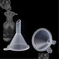 Autres outils Cuisine, Home Jardin Drop Livraison 2021 Mini Plastique transparent Petits Funnels par liquide Essential Huile Cuisine de l'entonnoir