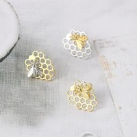 أقراط جمالية أقراط للنساء لطيف النحل العسل ثقب القرص المصوغات هدية عيد مجوهرات بالجملة E212