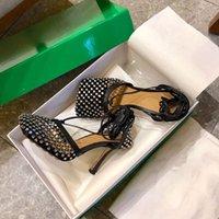 Frauen Kleid Schuhe High Heels Funkeln Stretch Sandale Leder Mesh Sandalen Knöchelriemen High-Heel Designer Ferse Quadratische Zehe Pumpe Mode Luxus Hochzeitsschuh 9cm