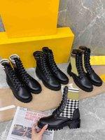 Designer Donne Donne Rockoko Boots Combat Caviglia Martin Boot Brand Pelle Mobili Bicicletta Maglia Stretch Stretch Stuss Shoots Platform Winter Plat-Top Stivaletti
