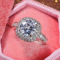 Cluster Rings Fashion Round Luxury Moissanite Stone Ring For Women Wedding 925 Sterling Silver Created Jewelry Gift