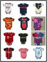 2021 2022 Real Madrid Bebê Futebol Jerseys 6 a 18 meses Camisas de futebol Bola infantil Kits Squad Bodysuit 20 21 roupas Maillots Futbol