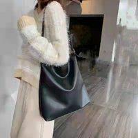 Waist Bags Retro Casual Women's PU Solid Color Bucket Bag, Fashion Shopping Single Shoulder Messenger Square Versatile Portable Bag 2021