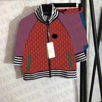 Colorful Letter Womens Giacche Pantaloncini Tracksuits Designer Brand Ladies Sports Suit Fashion Casual Zipper Coats
