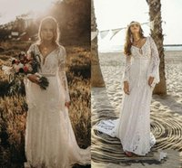 Vintage Marfim Bohemian Rendas Beach Vestidos de Noiva de Manga Longa V-Pescoço V-Equipado Boho Vestidos Bridais Country Hippie Estilo Vestido de Casamento Vestidos