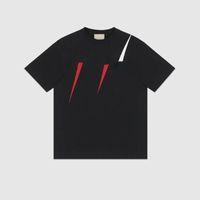 2021 Mens Fashion T Shirt Donne Designer Lettere stampate Tshirt Stylist Casual Estate Abbigliamento traspirante Abbigliamento da uomo Pantaloncini Top Quality Vestiti Coppie Tees Commercio all'ingrosso
