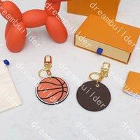 diseñador de moda llavero hecho a mano PU cuero patrón de baloncesto coche llaveros hombre mujer bolso charmo colgante decoración colgante accesorios damier grafito