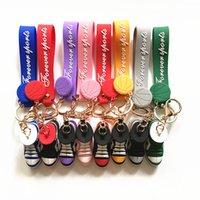 Basketball Chaussures Sneaker Keychains 3D Sangles Stéréo Sports Luxurys Designers PVC Clé Chaînes Sac Pendentif Cadeau de voiture 8 couleurs