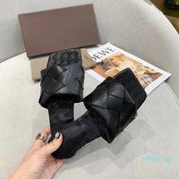 2021 Qualität Frau Lido Sandalen Square Tehe High Heels Open-Toe Woven Flache Hausschuhe Designer Sommer All Match Stylist Schuhe Ferse 9cm