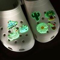 Sandali Personalizzato PVC Soft PVC Accessori dolci luminosi Glow Scarpa Charms Jibitz per il clog che incandescente