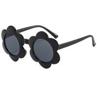 Óculos de sol de qualidade clássico são na moda e fresca infantil vibrante todos os copos de sol