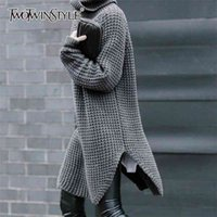 Twotwinstyle Lado coreano Split Strike Sweater Turtleneck Manga larga Cálido grueso Suéter femenino 2020 otoño invierno moda nuevo lj201017