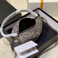 Diseño de bolsos de lujo Hangbags Luxurys Designers 2021 Diseñador de alta calidad Totes de diseño Mujeres Crystal Diamante Flap Bolsos Cadena metálica debe