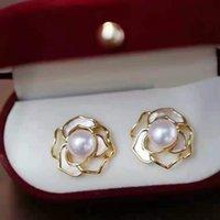 Mulher moda jóias camellia stud brincos naturais 7-8mm branca oblatado pérola de água doce 2para / lote