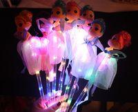 Beleuchtet Zauberstab Sticks LED Glühende Prinzessin Puppe Zauberständer mit Kleid Spielzeug für Kinder Pretend Play Prop-Batterien enthalten Rosa Blau lila