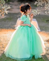 2021 Mint Lace Flower Girl Dresses Ball Gown Hand Made Flowers Tulle Lilttle Kids Birthday Pageant Weddding Gowns