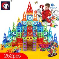 Zuuton 252 adet Mini Manyetik Tasarımcı İnşaat Seti Modeli Yapı Oyuncak Plastik Manyetik Bloklar Eğitici Oyuncaklar Çocuklar için Q0723