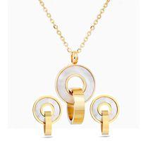 Set di gioielli di moda Colore oro in acciaio inox conchiglia con pendente collana orecchini accessorio per le donne festa di nozze 1861 Q2