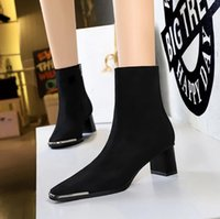 Perfect Brands Jumping Tall Boot Kelly Buckles Women Genuine Leather boots Black Brown Ladies Martin Booties Female Knight Boots Sapatos Mujers