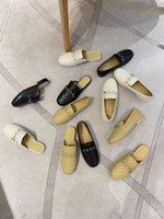 Роскошный дизайнерские слайды женские тапочки ленивые квадратные головки без каблуки All-Match Baotou полуспомогаемые одиночные плоские туфли мода наружный износ Удобные лоферы
