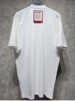 Vetements Herren Tshirt Schwarz Weiß Baumwolle T-Shirt mit Briefmarke Marke Designer Hemden Oversize Tee Männer Frauen Streetwear