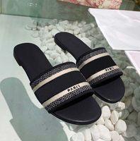 Classiques Sandales Sandales Fashion Slippers Diapositives Brocades Floraux Basculements Basculements Femmes Chaussures Chaussures à rayures Pantoufle Causal Home011 27