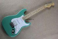. Fábrica Custom Shop Stratocaster Light Green F ST Guitarra Eléctrica en stock @ 31