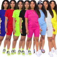 Kadın Tasarımcı Eşofman Artı Boyutu Giysi Katı Renk Şort Kıyafetler 2 Parça Setleri Yeni Stil Eşofman Yaz Rahat Giyim Kısa Kollu S-3XL