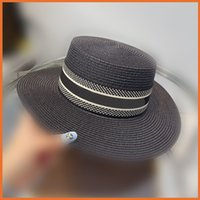 Grass Braid Luxurys Designers Bucket Hats Womens Fashion straw hats Men Women Sunhat Designer Caps fisherman coloerful Hats 2105157Y