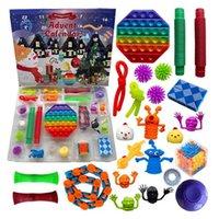 24 Stück / Satz von Weihnachtsfeier Dekorationen Zappeln Spielzeug Adventszeitzeit Kalender Blind Box Kinder Puzzle Geschenke